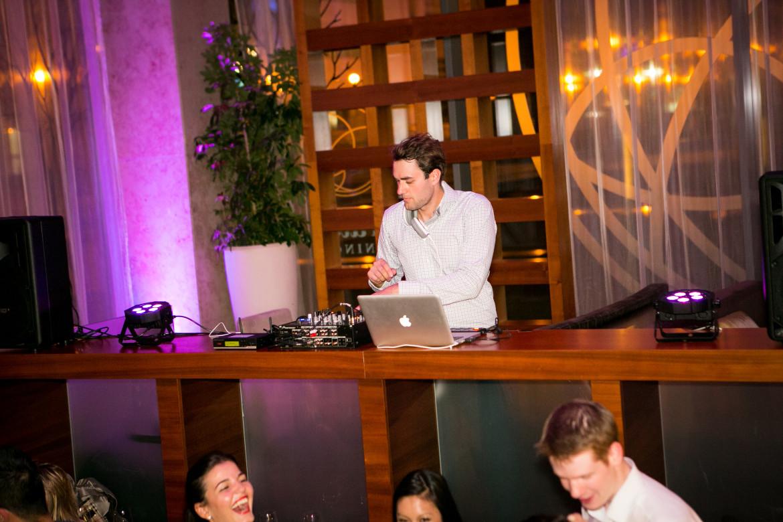 Ihr DJ sorgt auch auf Ihrer Feier für Stimmung