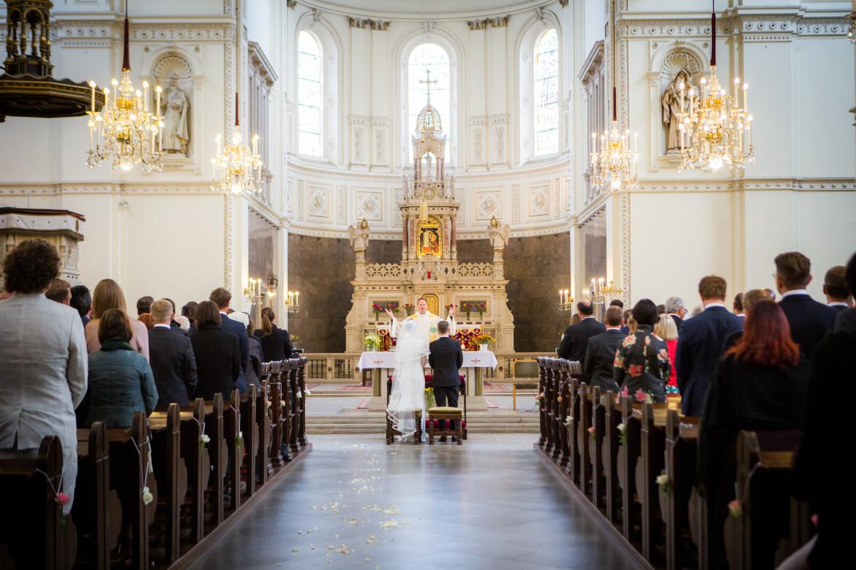 Unsere Hochzeitsfotografen sind natürlich auch in der Kirche anwesend