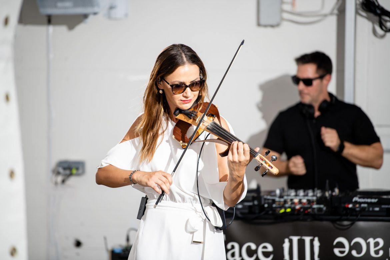 DJ und E-Geige bei Face II Face