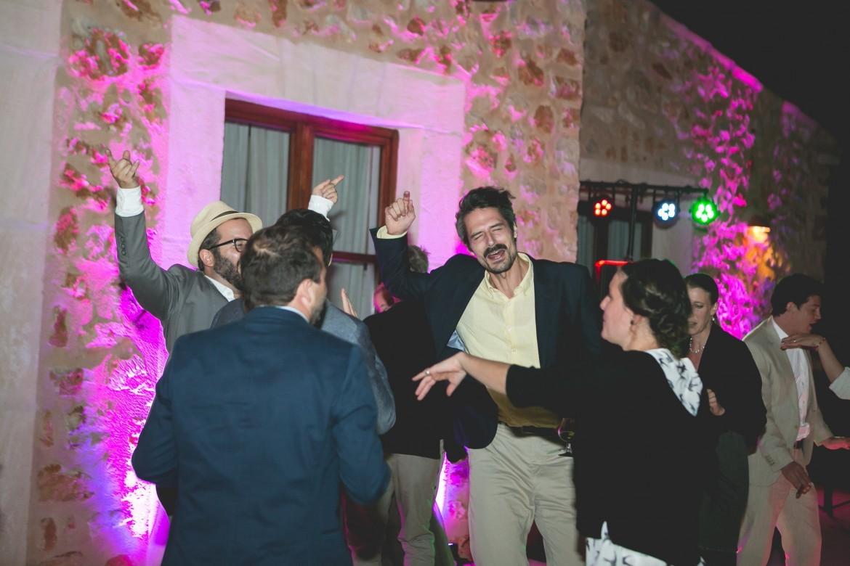 Buchen Sie einen DJ für Ihre Hochzeit auf Mallorca!