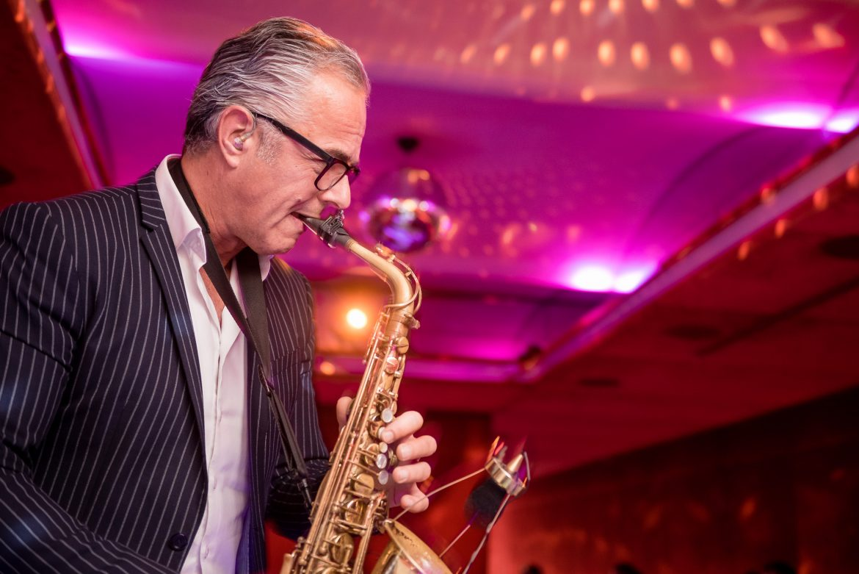 Hochzeit und Event DJs in ganz Österreich, jetzt auch mit Saxophonist bei Face II Face!
