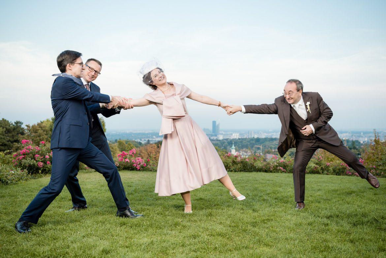 Hochzeitsfotografen gehören zu jeder Hochzeit dazu - Face II Face